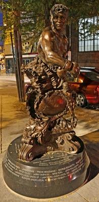 15_11_04 2 Giardello Statue