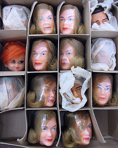 16_05_06 1 Karen Benson Head Case
