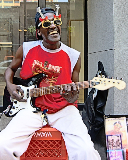16_05_06 7 Karen Benson Guitar Man
