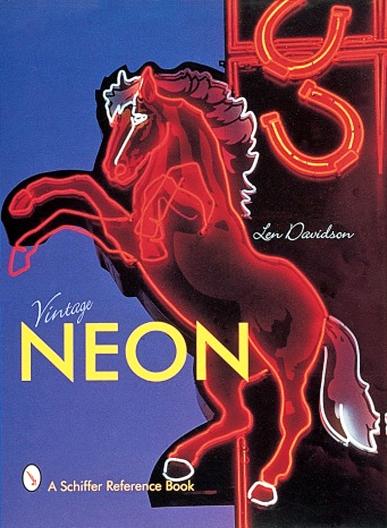 16_06_11 8 Vintage Neon Book